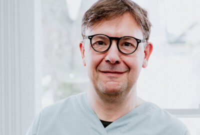 Orthodontist Iain Hoeltschi
